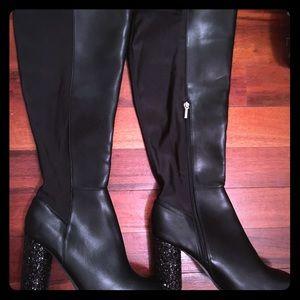 Gorgeous Knee high Blk Diamond Sparkle ❇️ boot